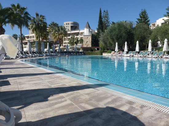 Barut Hemera : quiet pool