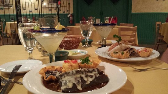 Coyote Flaco Restaurant: Just had an amazing time at Coyote Flaco! Delicious!