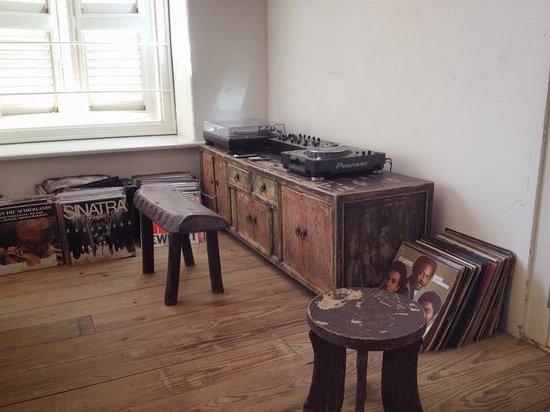 Villa Tokara: Ook de muziek wordt met zorg geregeld