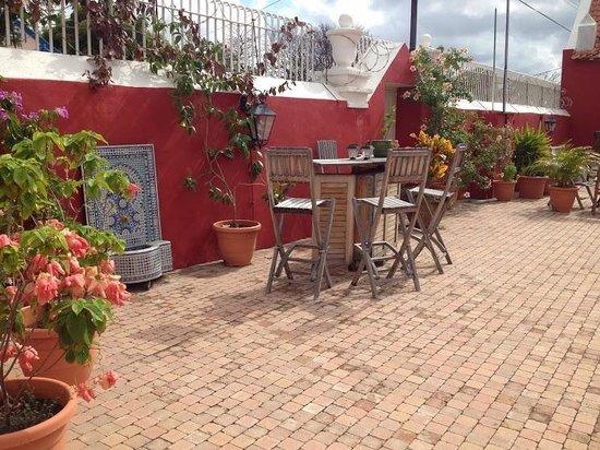 Villa Tokara: Sfeervolle patio