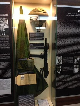 World War II in Prague Tour: weapons used during operation