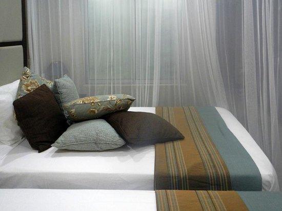 A'Zambezi River Lodge : bed