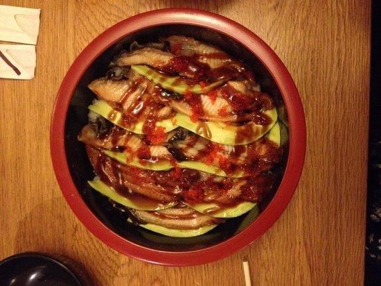 Yama Sushi : Chirachi anguille avocat