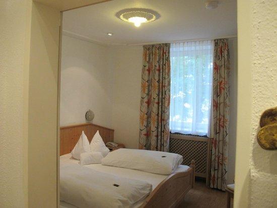 Hotel-Gasthof Drei Löwen: Room