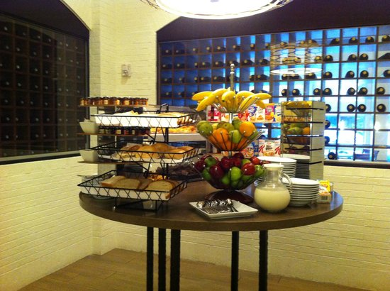 Sugar Land Marriott Town Square: Area de desayuno