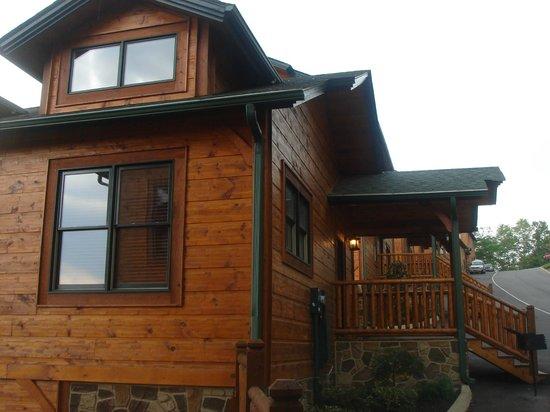 Entrance - Gatlinburg Falls Resort: 1