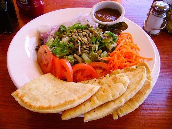 Rock Salt Restaurant & Cafe: Fresh Salad
