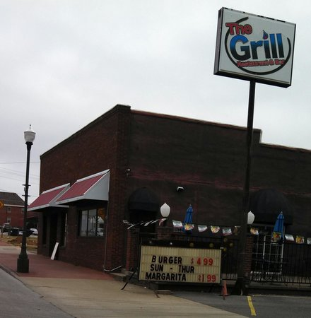 The Grill: Daily specials and outdoor seating.
