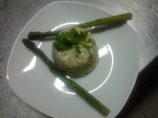 La margherita: Tortino di riso agli asparagi