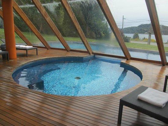 Rochester Hotel Bariloche: Indoor heated pool