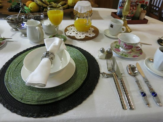 Centre-Ville Guest House: breakfast - elaborate