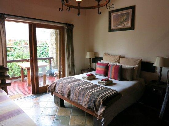 Nyaru Private Game Lodge: inside the room