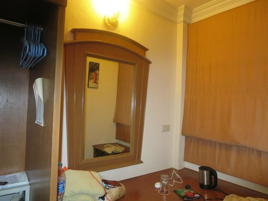 The Yorkshire Inn Hotel, Bar & Restaurant : bedroom