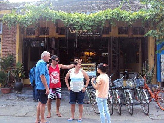 Luong Gia : Restaurant