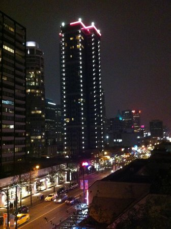 The Listel Hotel Vancouver: Vibrant view from my room