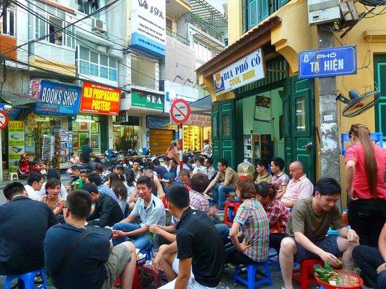 Hanoi Experience - Day Tours: Ta Hien Street Hanoi Old Quarter