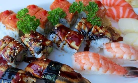 Ginger Garden: Super sushi platter