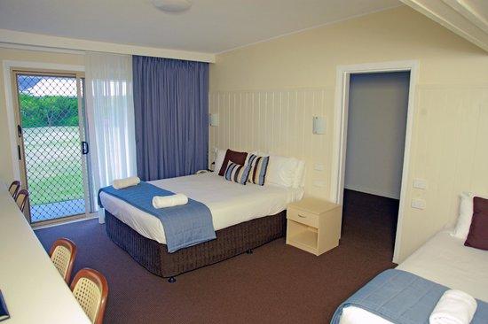 Sleepy Hill Motor Inn : one of 6 / 2 bedroom family rooms