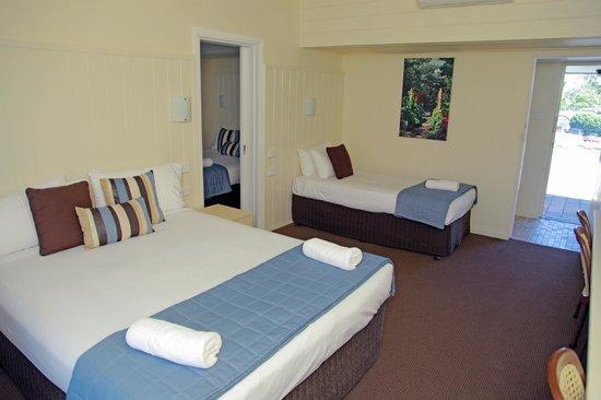 Sleepy Hill Motor Inn : one of  6 /2 bedroom family rooms