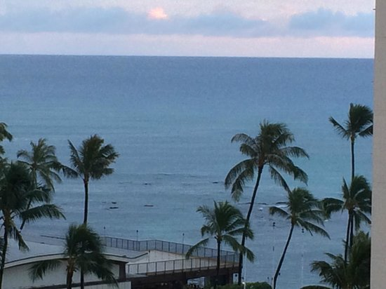 Lotus Honolulu at Diamond Head: View of the ocean from the balcony.
