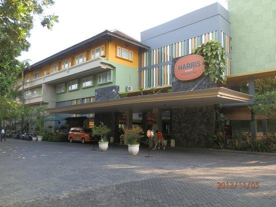 HARRIS Resort Kuta Beach: Harris Resort Facade