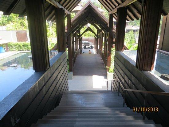Pullman Phuket Arcadia Naithon Beach: Entrance