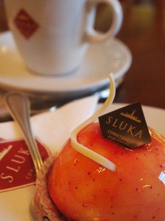 Sluka Cafe Konditorei: 絶品ケーキ