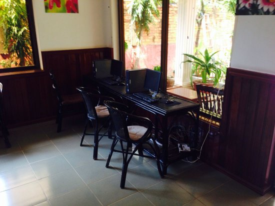 Green Village Angkor Hotel: Free internet in hotel foyer and wi fi in rooms