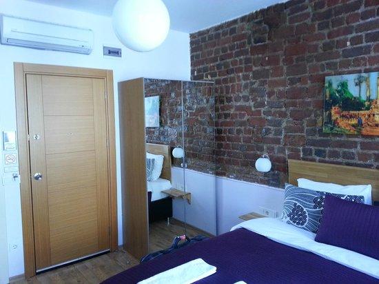 Violet Suite: inside
