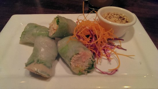 Thai at Silver Spring: Healthy Rolls with peanut dipping sauce
