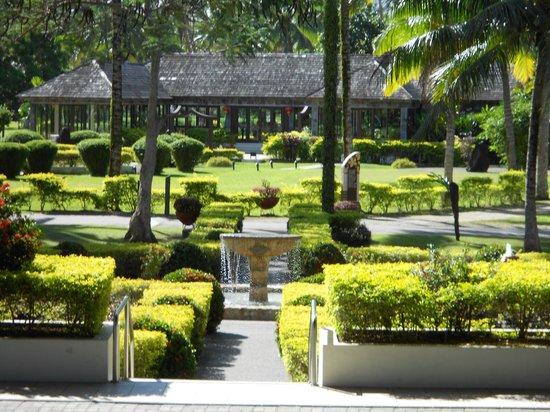 Naviti Resort: the bamboo restaurant