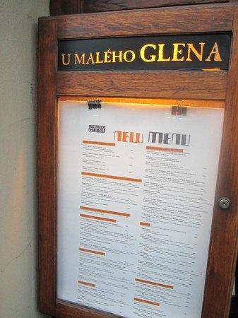 U maleho Glena where even patrons speak English