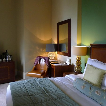 St. Pancras Renaissance Hotel London: Chamber Club room