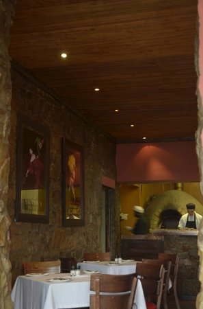 Piazza Paradiso: Interiors