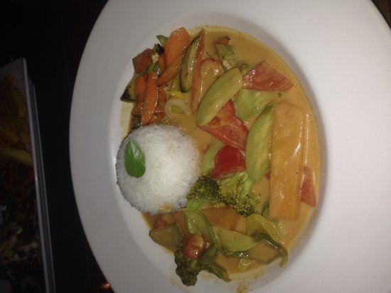 Almond Tree: Pumpkin & Broccoli Curry