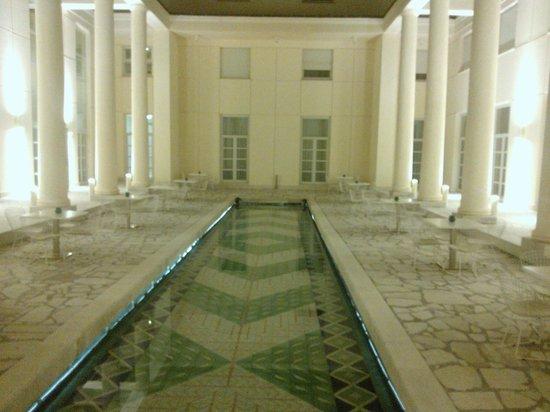Hotel Palazzo Esedra : Patio con fontana