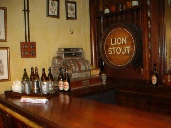 SAB World of Beer: Mock up of a bar