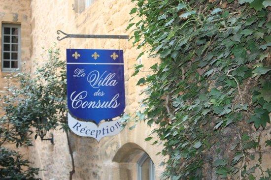La Villa des Consuls : Вход в отель