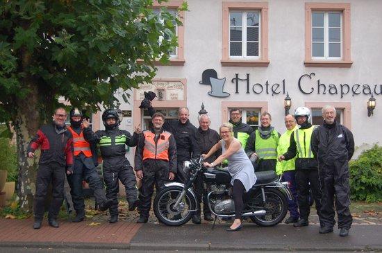 Hotel Chapeau Noir : Mevrouw U. Weller en de motards