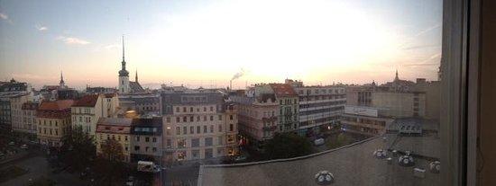 BEST WESTERN Premier Hotel International: vue de la chambre (8e)