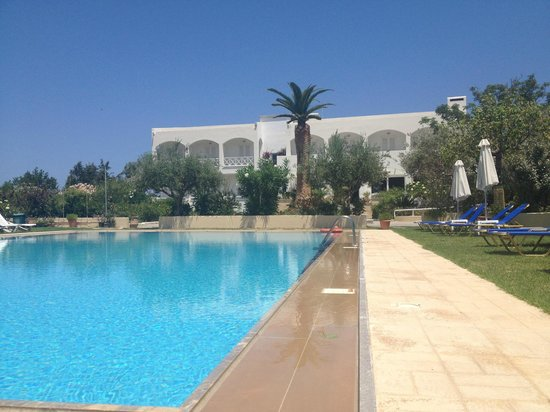 Hotel Mantenia : Well maintained pool