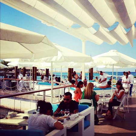 The Bay: the terrasse