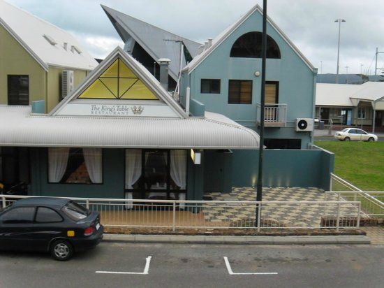 The King's Table Restaurant: Just near the Albany Entertainment Centre
