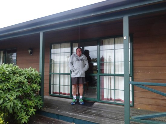 Cedarwood Lakeside : Hubby outside our room