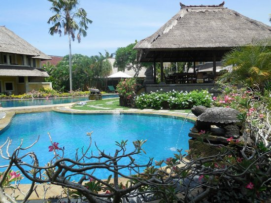 Rumah Bali : View of the pool from our room.