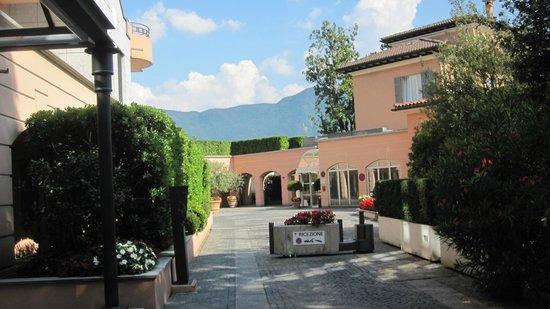 Villa Sassa Hotel, Residence & Spa : Hotel Entrance