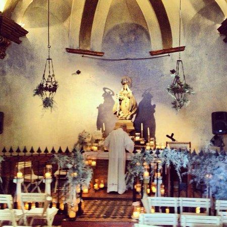 La Bisbal d'Empordà, España: La belleza y romanticismo de la eremita