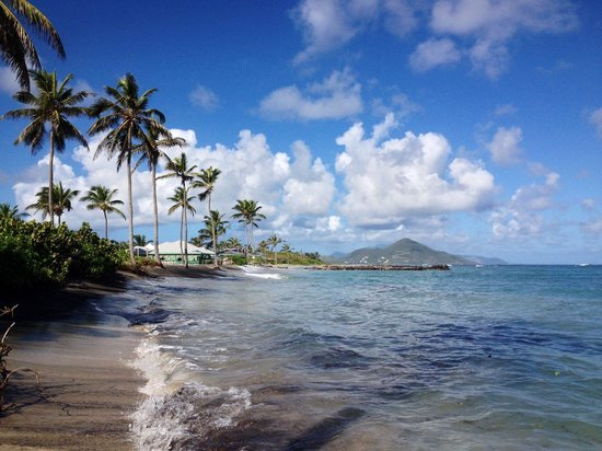 Nisbet Plantation Beach Club: Looking towards St. Kitts