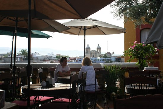 Hotel Casa del Sotano : A magnificent terrace with a view of Qaxaca'srooftops and church towers..