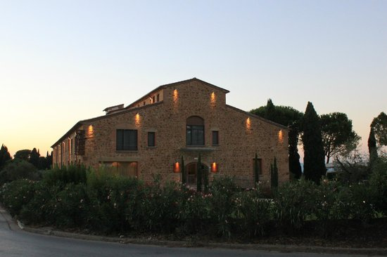 Hotel La Tabaccaia: The hotel